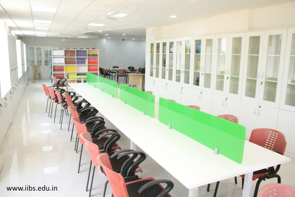How IIBS is a practical center for management education?