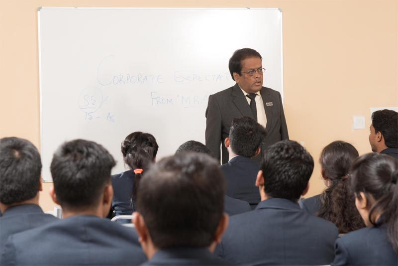 Business Management course (MBA) in Bangalore College near you.
