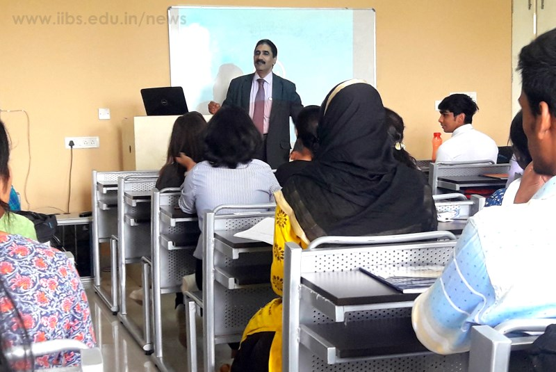 A Session on Technology in Management by Dr. NSR Murthy at IIBS Bangalore Campus