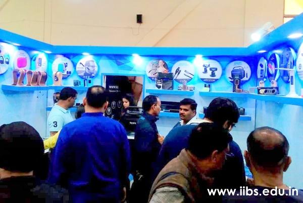 IIBS Students Visit the India International Trade Fair (IITF) 2018