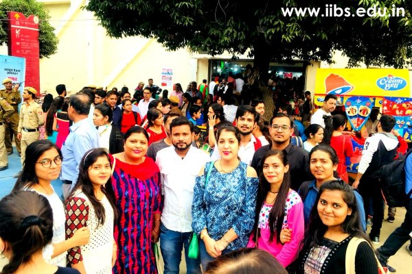 IIBS Students Visit the India International Trade Fair (IITF) 2018