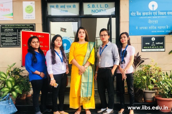 IIBS Noida MBA 2018 Students at Valedictory Function of Youth