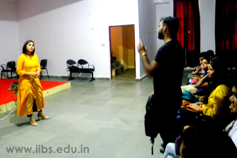 MBA Builds Professional Brand to be Successful - IIBS Noida