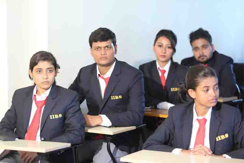 MBA or Engineering in Kolkata for a fast track career?
